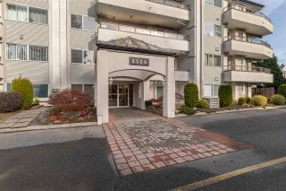 """Photo 30: 302 2526 LAKEVIEW Crescent in Abbotsford: Central Abbotsford Condo for sale in """"MILL SPRING MANOR"""" : MLS®# R2519449"""