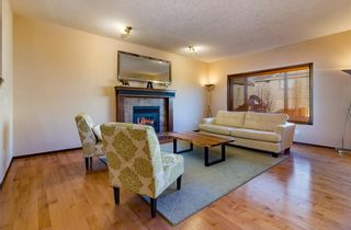 Photo 4: 30 WEST POINTE Manor: Cochrane House for sale : MLS®# C4150247