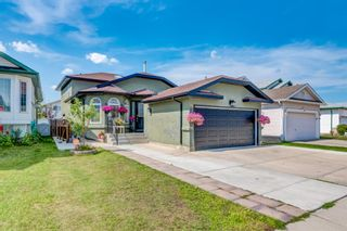 Main Photo: 19 Applestone Park SE in Calgary: Applewood Park Detached for sale : MLS®# A1127286