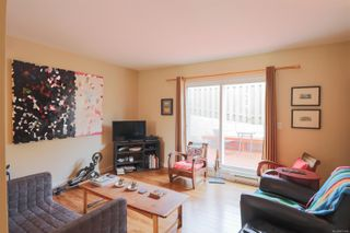 Photo 11: 15 25 Pryde Ave in : Na Central Nanaimo Row/Townhouse for sale (Nanaimo)  : MLS®# 871146