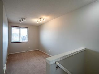 Photo 10: 326 Elgin Place SE in Calgary: McKenzie Towne Semi Detached for sale : MLS®# A1136926