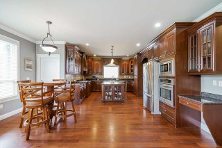 """Photo 8: 19664 71A Avenue in Langley: Willoughby Heights House for sale in """"Willoughby"""" : MLS®# R2559298"""