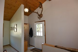Photo 4: 3805 NIELSEN Road in Smithers: Smithers - Rural House for sale (Smithers And Area (Zone 54))  : MLS®# R2573908