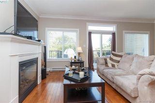 Photo 3: 927 Shirley Rd in VICTORIA: Es Kinsmen Park Half Duplex for sale (Esquimalt)  : MLS®# 813669