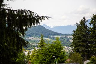 Photo 7: 2719 Daybreak Ave in Coquitlam: House for sale