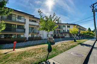 "Photo 18: 208 15020 NORTH BLUFF Road in Surrey: White Rock Condo for sale in ""North Bluff Village"" (South Surrey White Rock)  : MLS®# R2616871"