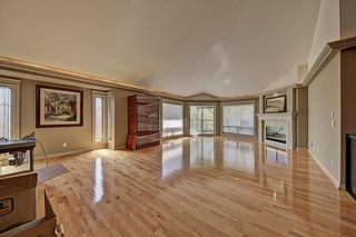 Photo 16: 3911 CRESTVIEW Road SW in Calgary: Elbow Park Detached for sale : MLS®# A1082618