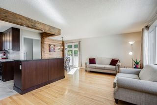 Photo 2: 24 Sackville Drive SW in Calgary: Southwood Detached for sale : MLS®# A1149679
