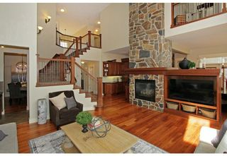 Photo 6: 83 DISCOVERY RIDGE Boulevard SW in Calgary: Discovery Ridge Detached for sale : MLS®# A1125675