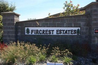 """Photo 2: 67 32718 GARIBALDI Drive in Abbotsford: Abbotsford West Townhouse for sale in """"Fircrest Estates"""" : MLS®# R2208590"""