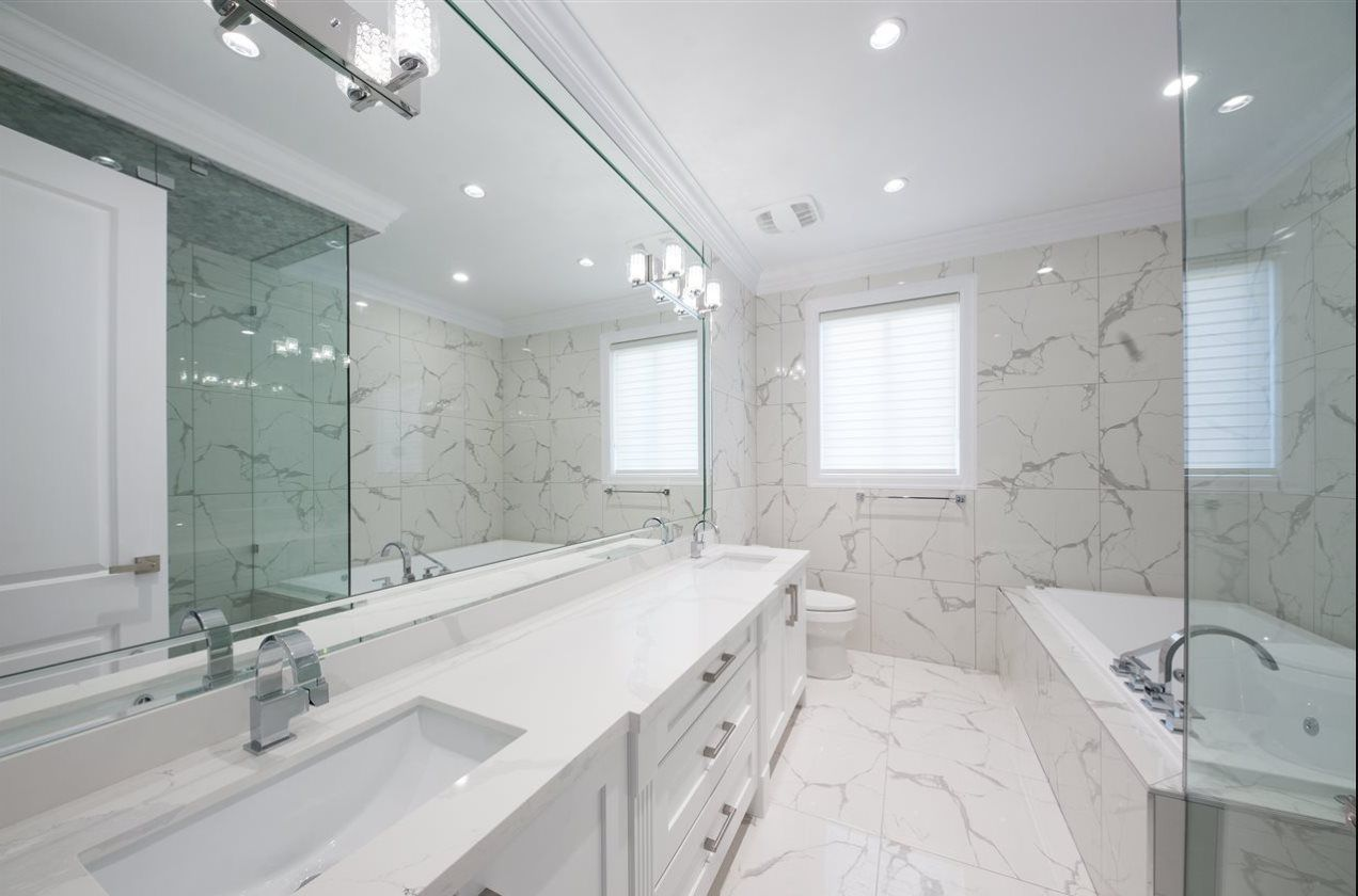 Photo 6: Photos: 10231 RUSKIN Road in Richmond: South Arm House for sale : MLS®# R2392691