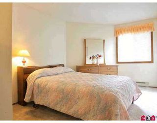 """Photo 8: 115 5710 201ST Street in Langley: Langley City Condo for sale in """"WHITE OAKS"""" : MLS®# F2722250"""