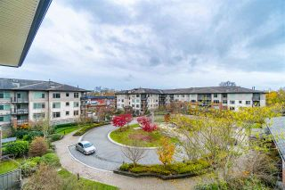 """Photo 15: 416 9299 TOMICKI Avenue in Richmond: West Cambie Condo for sale in """"MERIDIAN GATE"""" : MLS®# R2517614"""