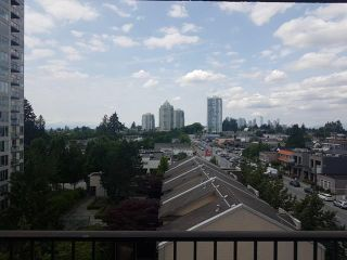 Photo 1: 706 7235 SALISBURY AVENUE in Burnaby: Highgate Condo for sale (Burnaby South)  : MLS®# R2277634