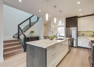 Photo 7: 531 53 Avenue SW in Calgary: Windsor Park Semi Detached for sale : MLS®# A1084315