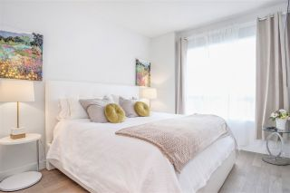 """Photo 7: 201 3220 CONNAUGHT Crescent in North Vancouver: Edgemont Condo for sale in """"THE CONNAUGHT"""" : MLS®# R2407338"""