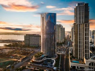 Photo 33: Condo for sale : 2 bedrooms : 888 W E Street #905 in San Diego