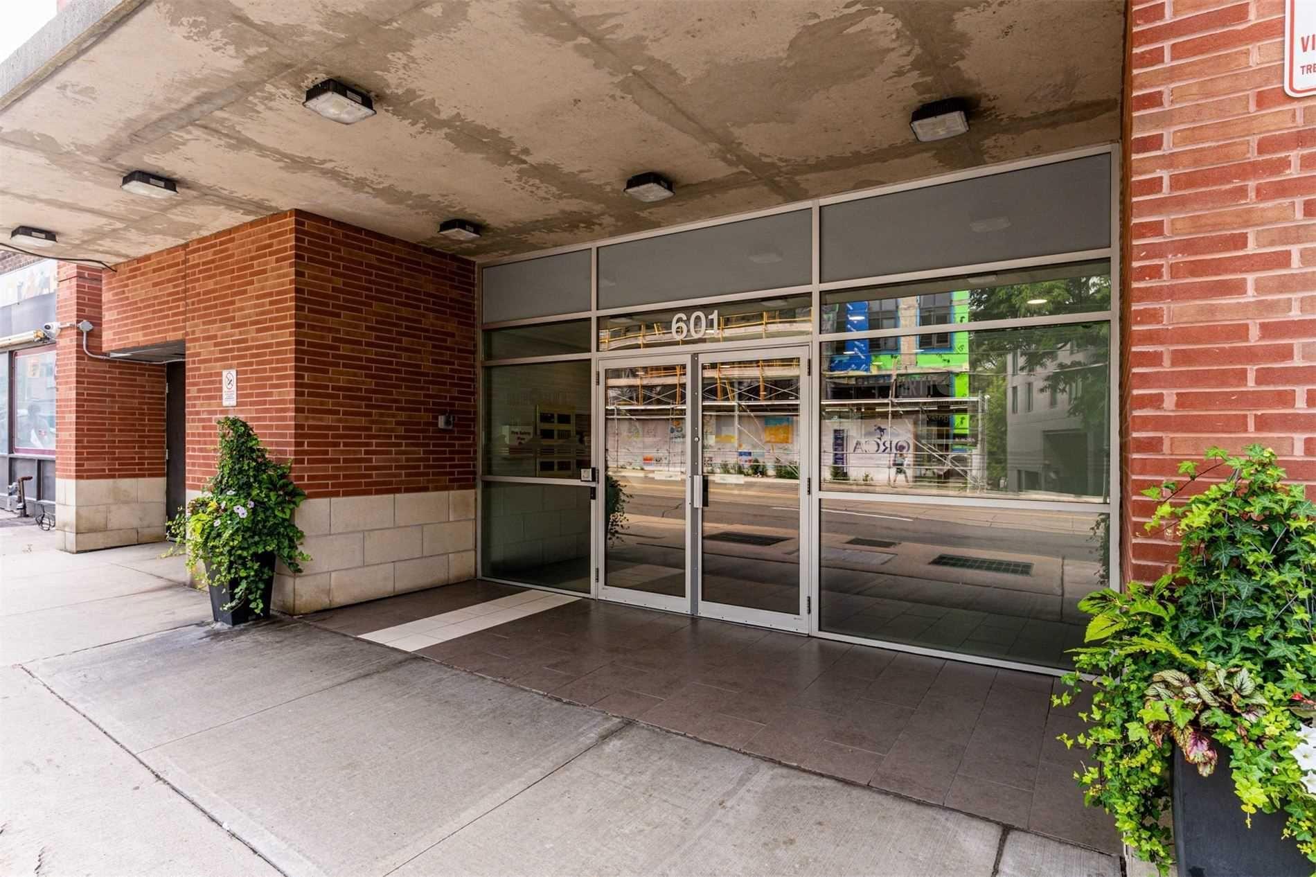 Photo 28: Photos: 406 601 Kingston Road in Toronto: The Beaches Condo for sale (Toronto E02)  : MLS®# E5308141