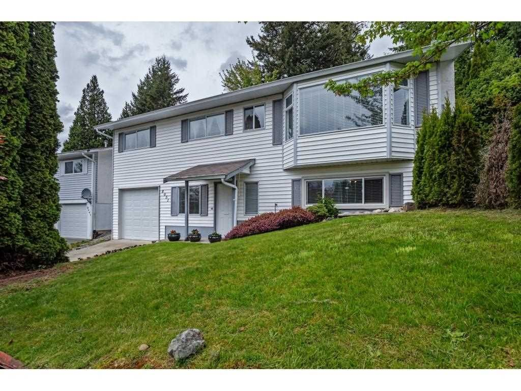 Main Photo: 8051 CARIBOU Street in Mission: Mission BC House for sale : MLS®# R2574530