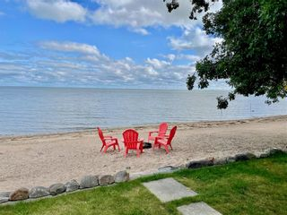 Photo 5: 194 Valhop Drive in Dauphin: Crescent Cove Residential for sale (R30 - Dauphin and Area)  : MLS®# 202121496