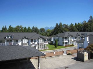 """Photo 10: 50 12296 224 Street in Maple Ridge: East Central Townhouse for sale in """"THE COLONIAL"""" : MLS®# R2096242"""