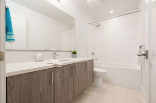 """Photo 18: 41 9718 161A Street in Surrey: Fleetwood Tynehead Townhouse for sale in """"Canopy"""" : MLS®# R2584498"""
