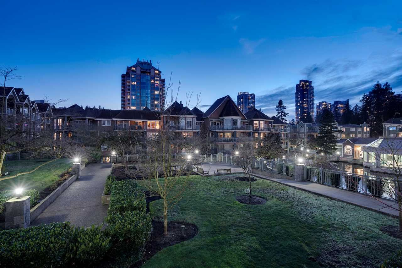 "Main Photo: 214 1200 EASTWOOD Street in Coquitlam: North Coquitlam Condo for sale in ""LAKESIDE TERRACE"" : MLS®# R2333096"
