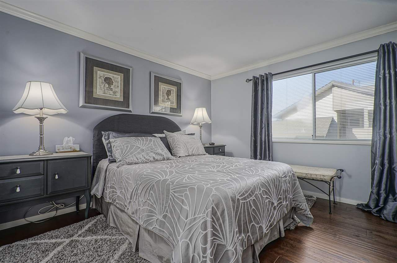 """Photo 16: Photos: 204 1441 BLACKWOOD Street: White Rock Condo for sale in """"the """" Capistrano """""""" (South Surrey White Rock)  : MLS®# R2390737"""