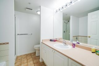 """Photo 15: 503 3070 GUILDFORD Way in Coquitlam: North Coquitlam Condo for sale in """"LAKESIDE TERRACE TOWER"""" : MLS®# R2598767"""