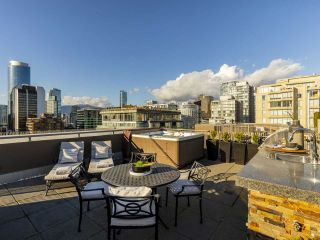 """Photo 34: 2001 1055 RICHARDS Street in Vancouver: Downtown VW Condo for sale in """"Donovan"""" (Vancouver West)  : MLS®# R2555936"""