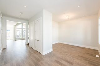 Photo 3: 4416 EMILY CARR Place in Abbotsford: Abbotsford East House for sale : MLS®# R2410848