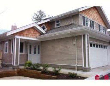 Main Photo: #64, 15133 29A Avenue in Surrey: Condo for sale (Crescent Park)  : MLS®# 2402977