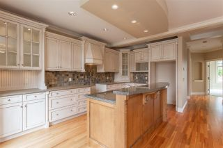 "Photo 2: 3874 COACHSTONE Way in Abbotsford: Abbotsford East House for sale in ""Creekstone on the Park"" : MLS®# R2373210"
