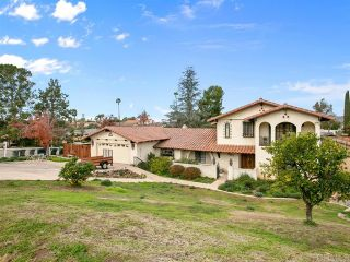 Photo 1: House for sale : 4 bedrooms : 2704 Crownpoint Place in Escondido