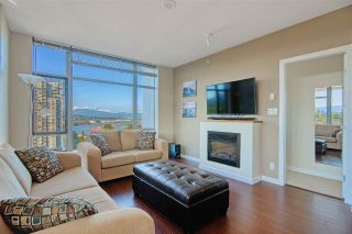 """Photo 7: 1202 280 ROSS Drive in New Westminster: Fraserview NW Condo for sale in """"The Carlyle"""" : MLS®# R2396887"""