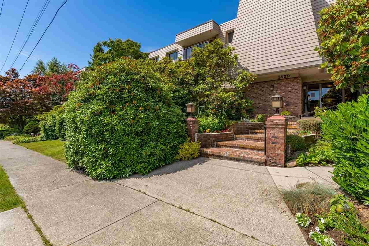 "Main Photo: 301 1429 MERKLIN Street: White Rock Condo for sale in ""KENSINGTON MANOR"" (South Surrey White Rock)  : MLS®# R2470817"