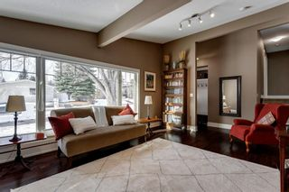 Photo 4: 3404 Lane Crescent SW in Calgary: Lakeview Detached for sale : MLS®# A1058746
