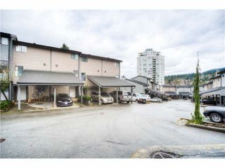 "Photo 1: 242 BALMORAL Place in Port Moody: North Shore Pt Moody Townhouse for sale in ""BALMORAL PLACE"" : MLS®# V1109528"