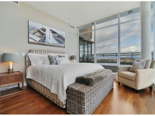 Photo 8: # PH 1 1473 JOHNSTON RD: White Rock Condo for sale (South Surrey White Rock)  : MLS®# F1403627