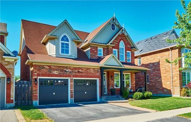 Photo 1: Photos: 10 Stephensbrook Circle in Whitchurch-Stouffville: Stouffville House (2-Storey) for sale : MLS®# N4160191