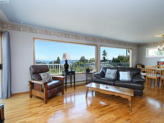 Photo 2: 8629 Bourne Terr in NORTH SAANICH: NS Dean Park House for sale (North Saanich)  : MLS®# 823945