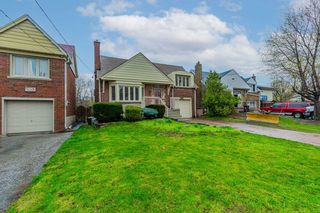 Photo 2: 2951 Kingston Road in Toronto: Cliffcrest House (Bungalow) for sale (Toronto E08)  : MLS®# E5215618
