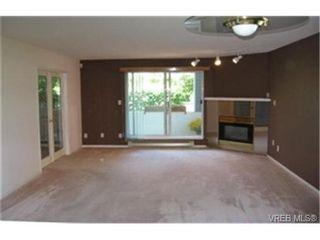 Photo 1:  in VICTORIA: SE Quadra Condo for sale (Saanich East)  : MLS®# 442034