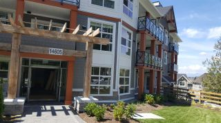 Photo 2: 405 14605 MCDOUGALL DRIVE in Surrey: King George Corridor Condo for sale (South Surrey White Rock)  : MLS®# R2506564