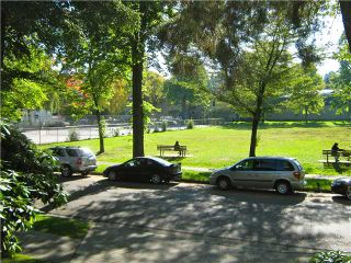 """Photo 1: 201 1685 W 14TH Avenue in Vancouver: Fairview VW Condo for sale in """"Town Villa"""" (Vancouver West)  : MLS®# V917233"""
