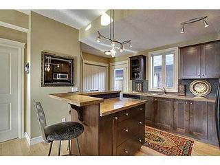 Photo 7: 202 34 Avenue SW in Calgary: 2 and Half Storey for sale : MLS®# C3554793