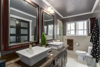 """Photo 13: 6846 WHITEOAK Drive in Richmond: Woodwards House for sale in """"WOODWARDS"""" : MLS®# R2131697"""