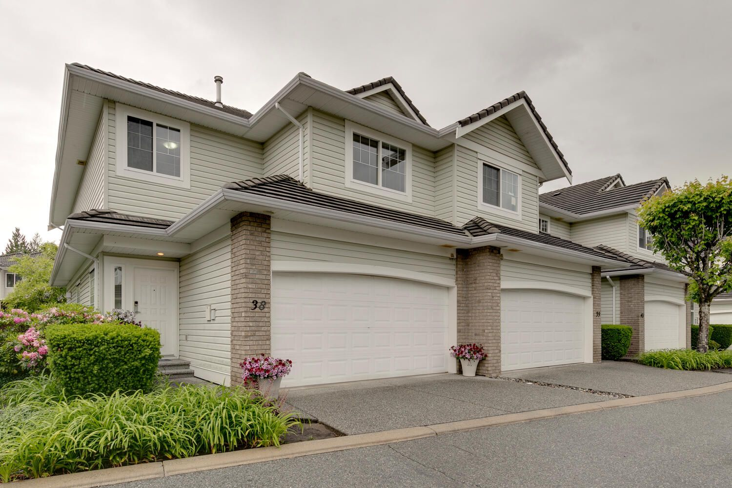 Main Photo: 38 1290 Amazon Dr. in Port Coquitlam: Riverwood Townhouse for sale