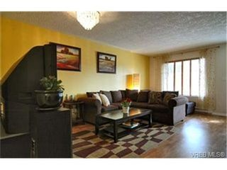 Photo 2:  in : La Langford Proper Row/Townhouse for sale (Langford)  : MLS®# 428967