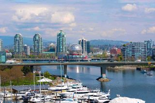 Photo 3: 1007 1288 MARINASIDE CRESCENT in Vancouver: Yaletown Condo for sale (Vancouver West)  : MLS®# R2514095
